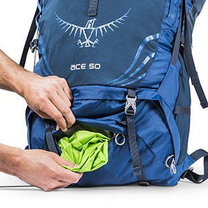 Osprey Ace 50 Youth Pack with integrated waterproof pack cover shown at base of pack