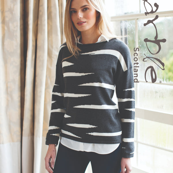 Round Neck Sweater Marble - Charcoal and Pink - 5480