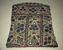 Load image into Gallery viewer, Green And Purple Vintage Clutch Bag