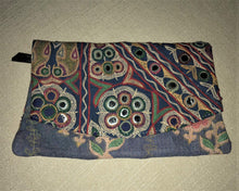 Load image into Gallery viewer, Blue And Red Vintage Clutch Bag