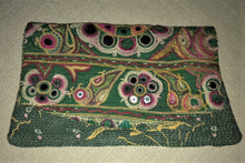 Load image into Gallery viewer, Green And Pink Vintage Clutch Bag