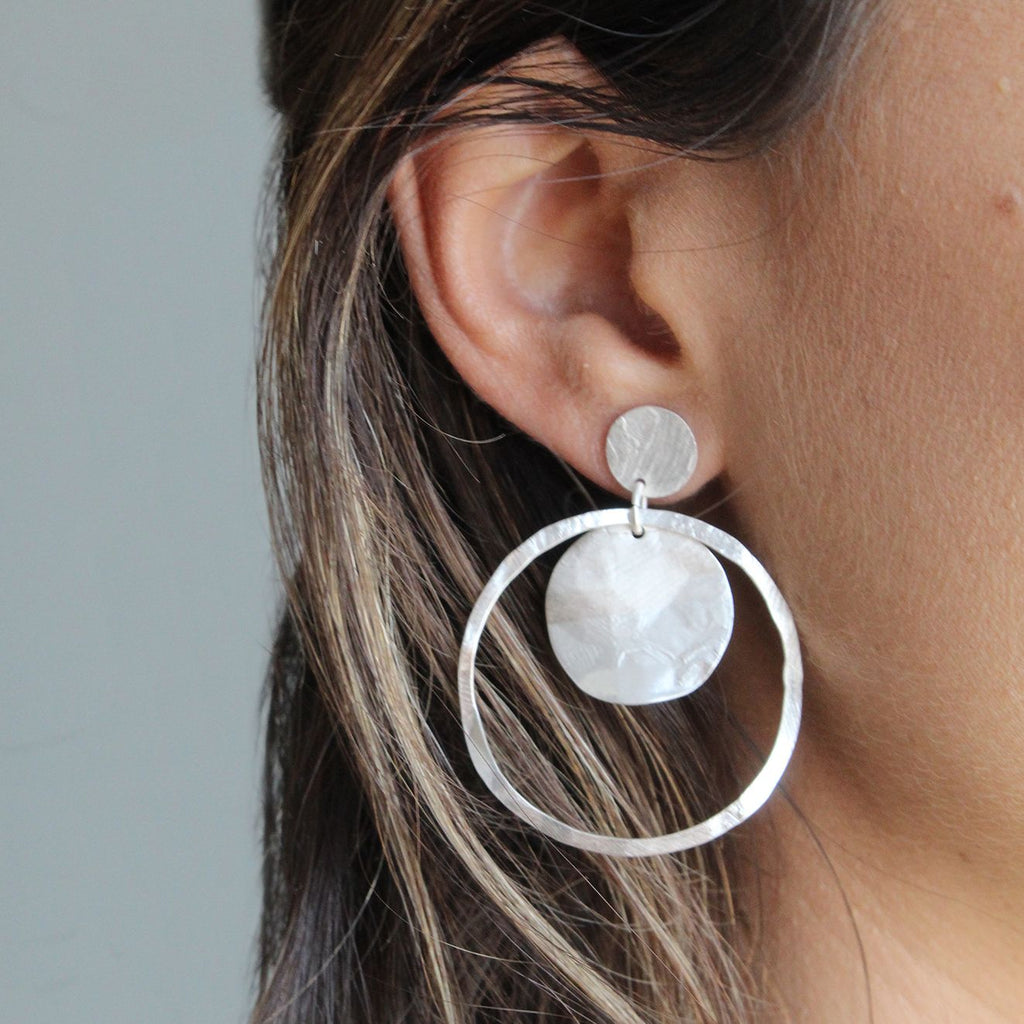 Aire Earrings Matte Silver