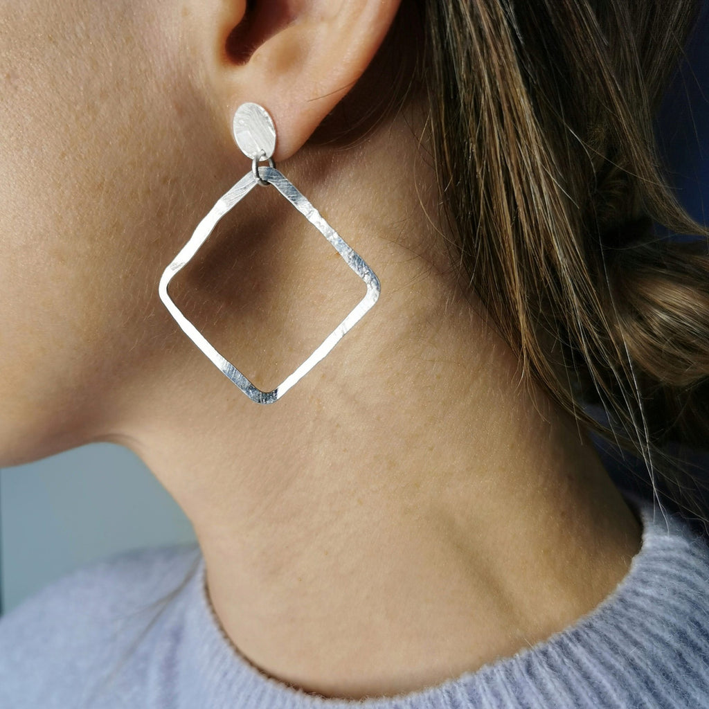 Aire Square Earrings with Dot Matte Silver