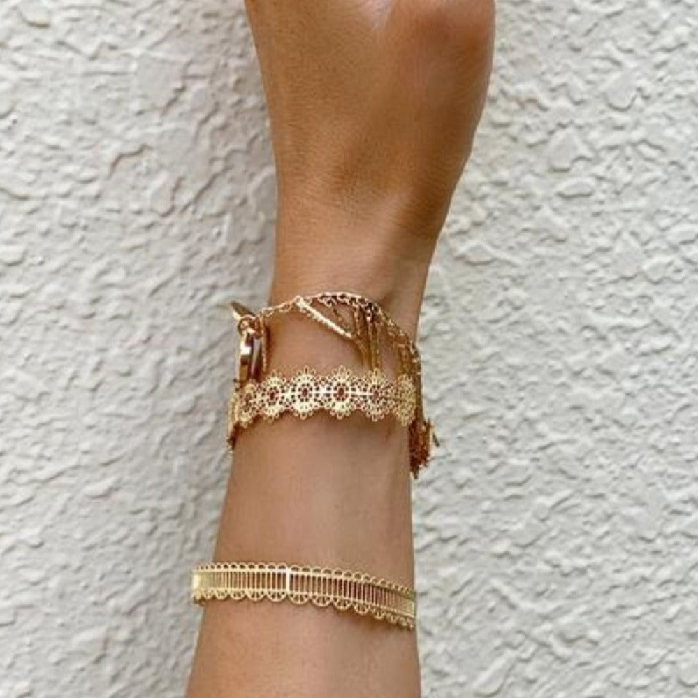 Isabella Gold Bangle