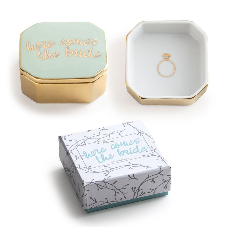 Here Comes the Bride Box Ring Holder