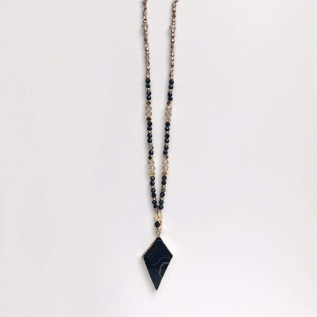 Streep Black Agate Necklace