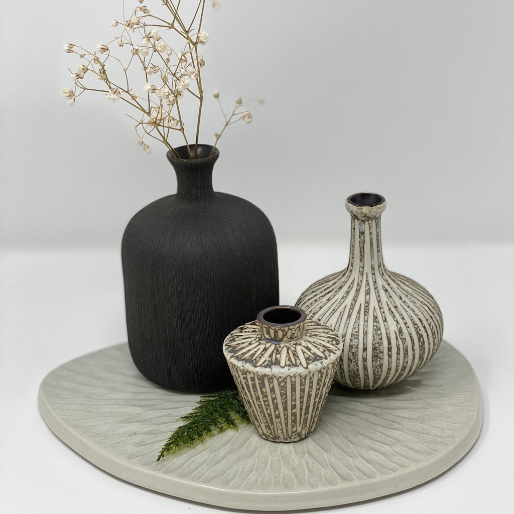Bottle Medium Vase Black Lindform