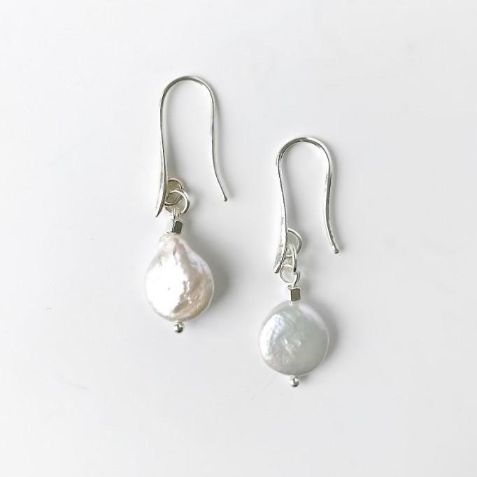 Carrie Pearl Earrings