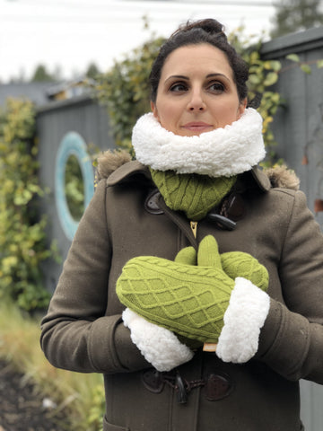 Cable Knit Snood Gaiter Neck Warmer | Green