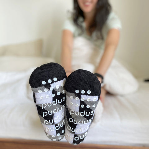 Classic Slipper Socks | Check Box Black