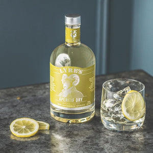 Lyre's Aperitif Dry on ice alcohol-free White Vermouth
