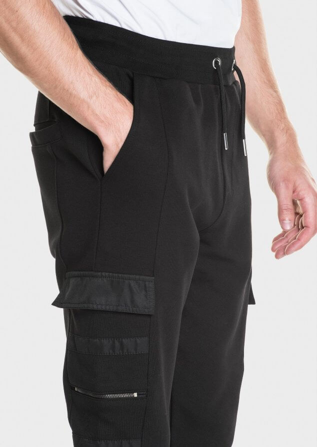 883 Police Hyam Cargo Style Joggers Tapered Fit in Black