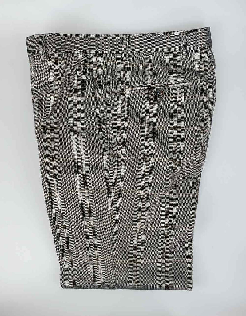Cavani Connall Slim Fit Trousers In Brown