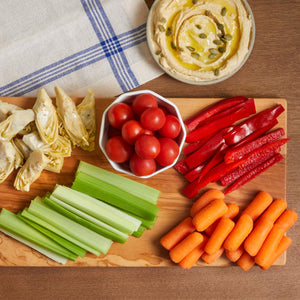 Load image into Gallery viewer, La Fromagerie - catering vegan board Hummus Cherry tomatoes Carrots Celery Artichokes
