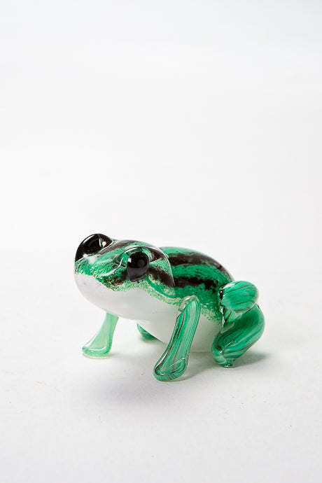 Woodland Friends Frog, handmade at Langham Glass