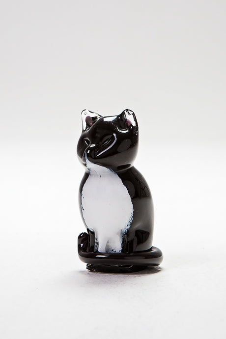 Cat Sitting, handmade by Langham Glass in Norfolk