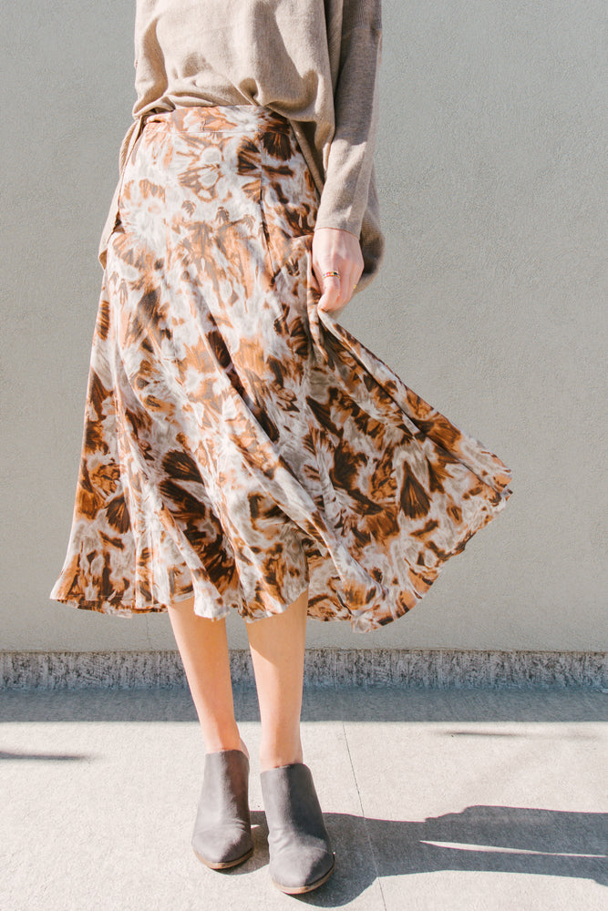 Load image into Gallery viewer, Cinnamon Printed Midi Skirt