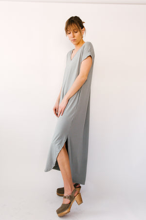 Load image into Gallery viewer, Maxi Dress V Neck Rolled Cuff