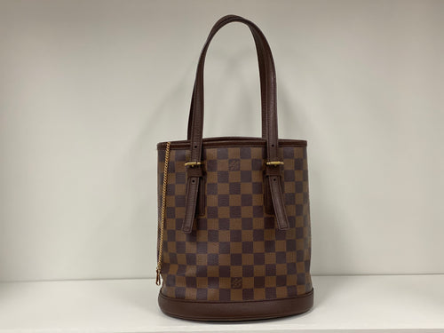 LOUIS VUITTON Damier Ebene Marais Bucket 23