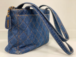CHANEL VINTAGE  DENIM SHOPPER BAG