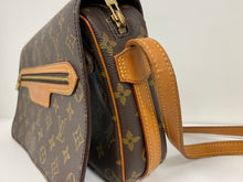 Load image into Gallery viewer, LOUIS VUITTON SAINT GERMAIN