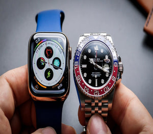 Apple Watch vs Mechanical 丨Which is better on your side?