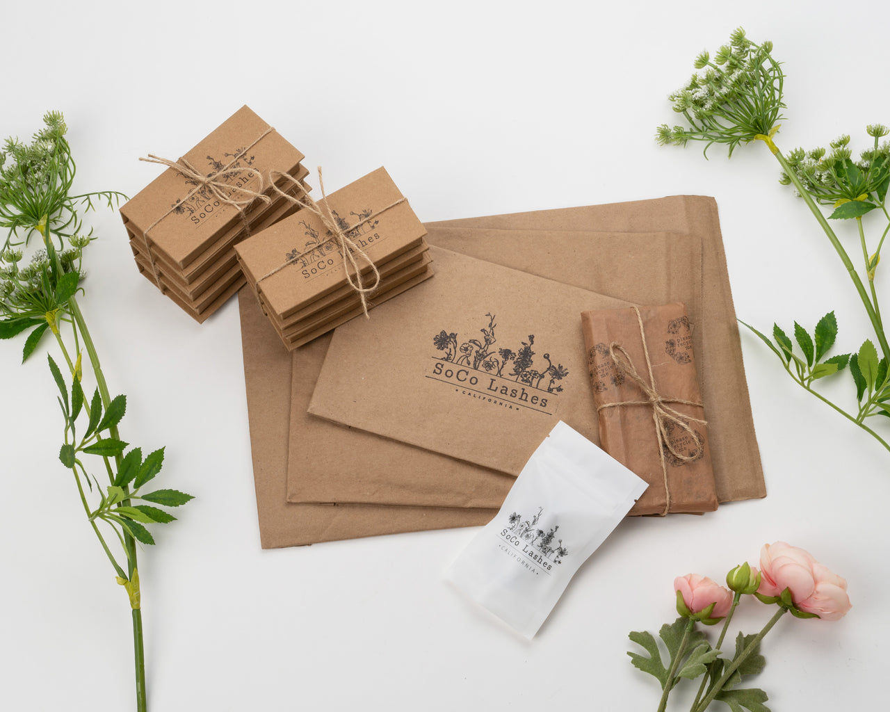 eco friendly packaging from SoCo Lashes