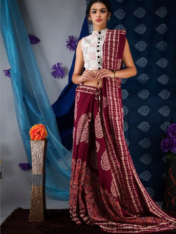 Maroon MulMul Saree with Printed White Blouse