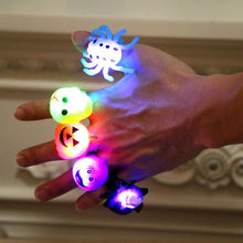 Load image into Gallery viewer, 5 Different Halloween Party Glitter Rings