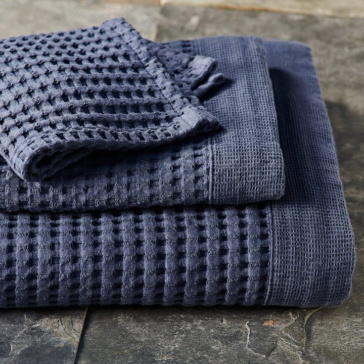 Gilden Tree | Oversized Bath Towels | Midnight Blue Waffle Bath Sheet