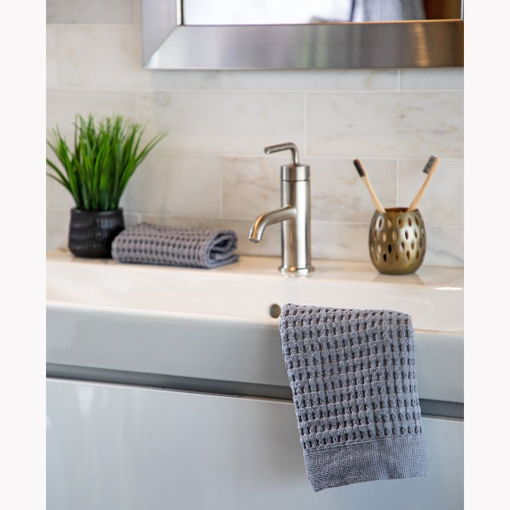 Gilden Tree | Waffle Bath Towels | Slate Wash Cloth