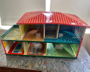 Vintage MARX TIN Metal Doll House 1960s