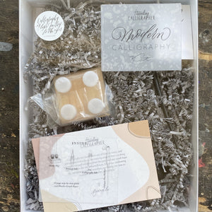 Traveling Calligrapher Calligraphy Kit