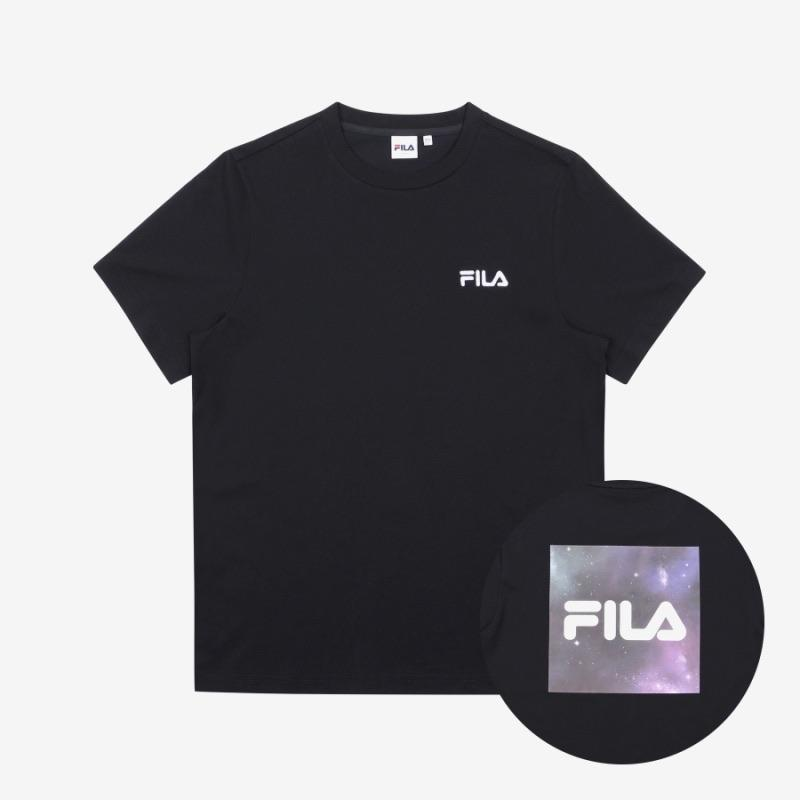 Camisetas Logo BTS x FILA VOYAGER COLLECTION-Merch-Corea Box-Negra-090-Corea Box