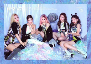 ITZY - IT'Z ICY [random]-Albums-Corea Box-Corea Box