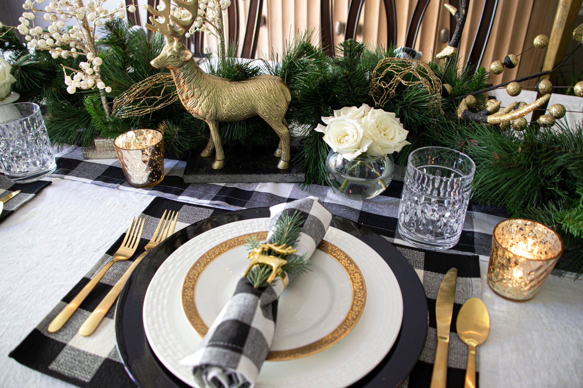 Winter Glitz Tablescape