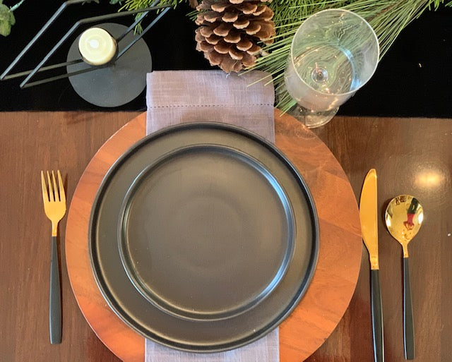 Scandinavian Winter Tablescape