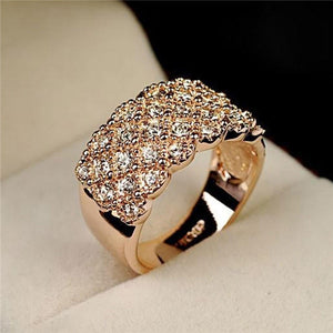Unique style Crystal Gold and Silver plated Wide and Wild Shiny Party Wedding Ring For women