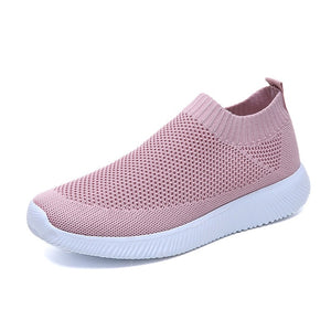 Plus size breathable air mesh sneakers women spring summer slip on platform knitting flats soft walking shoes woman