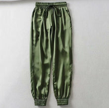 Load image into Gallery viewer, Summer Satin Cargo Pants Women Europe Loose Casual Sport Women Joggers Streetwear Cargo Pants Women