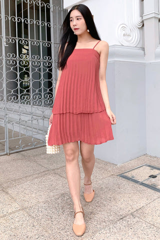 Ari Tiered Pleated Dress (Rose)