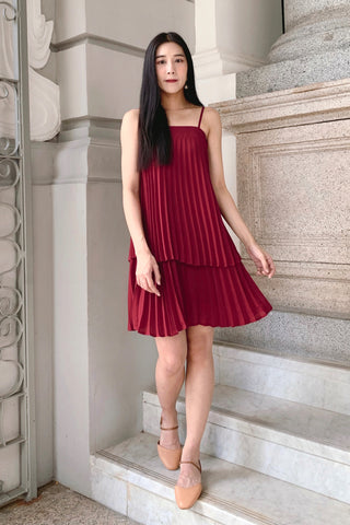 Ari Tiered Pleated Dress (Crimson)