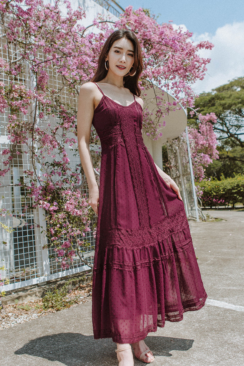 Chiara Lace Maxi Dress (Burgundy)