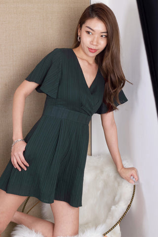Dawnelle Fluted Sleeve Romper (Forest)