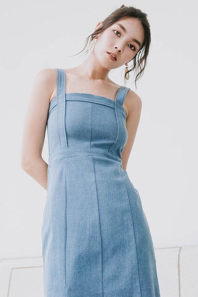 Demi Denim Midi Dress (Light)