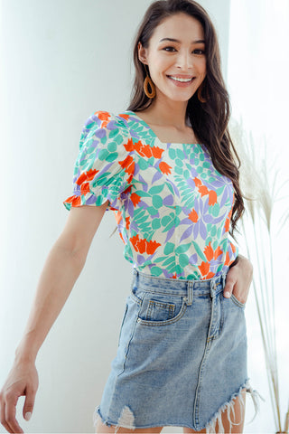 Gabriella Floral Fluted Top (Lavender)