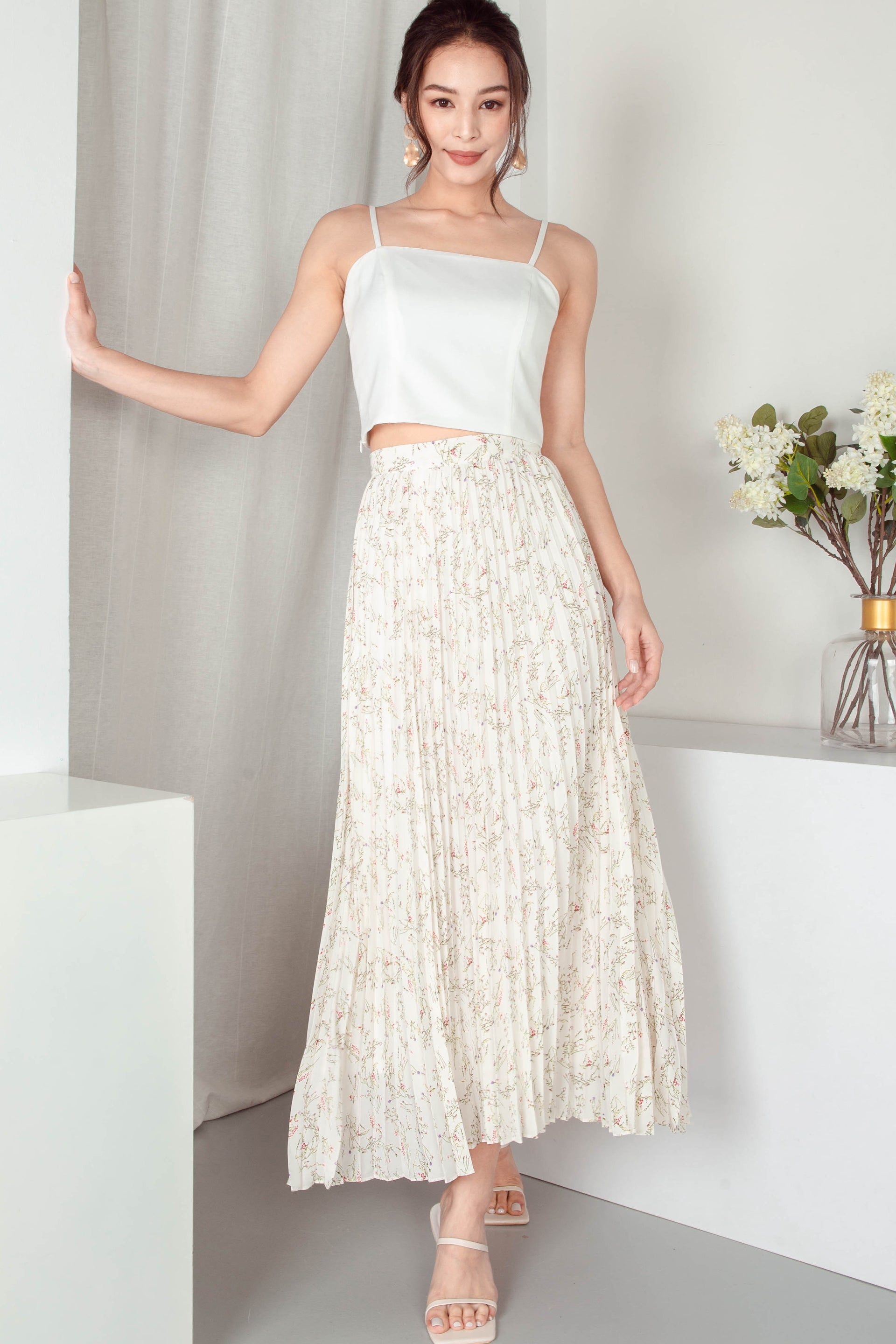 Mae Pleated Maxi Skirt (Creme)