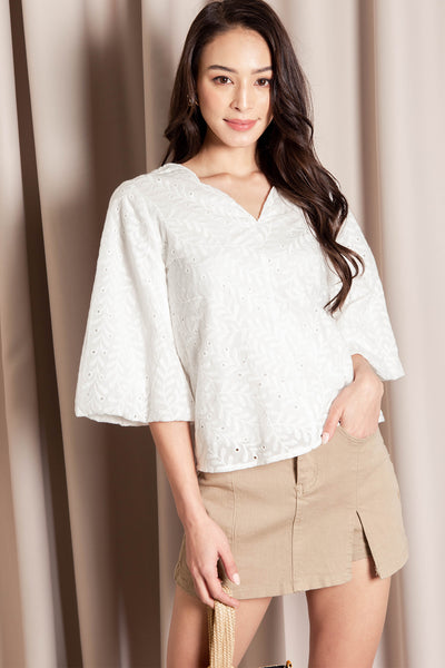 Melanie Embroidered Top (White) - S