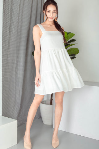 Meryll Sleeveless Tiered Babydoll Dress (White)
