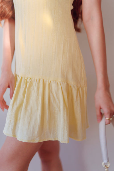 Ryleigh V-neck Dress (Light Daffodil)